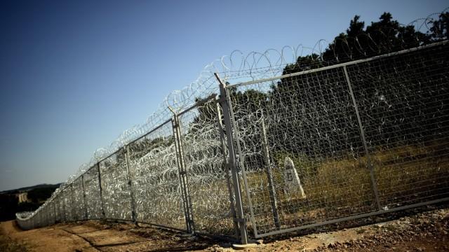 Grenzzaun zwischen EU-Land Bulgarien und der Türkei