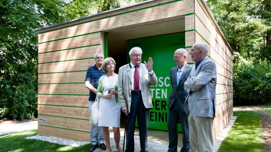 Eröffnung des Informationspavillons zum Tunnel unter dem Englischen Garten mit Alt-OB Hans Jochen Vogel
