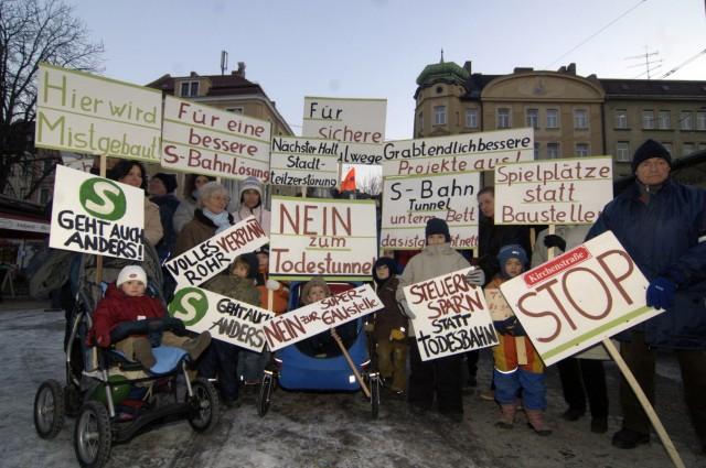 Haidhauser demonstrieren gegen zweiten S-Bahn-Tunnel, 2006