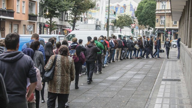 In Berlin gibt es nur zwei Bürgerämter in denen man noch ohne Termin sein Anliegen  vorbringen kann