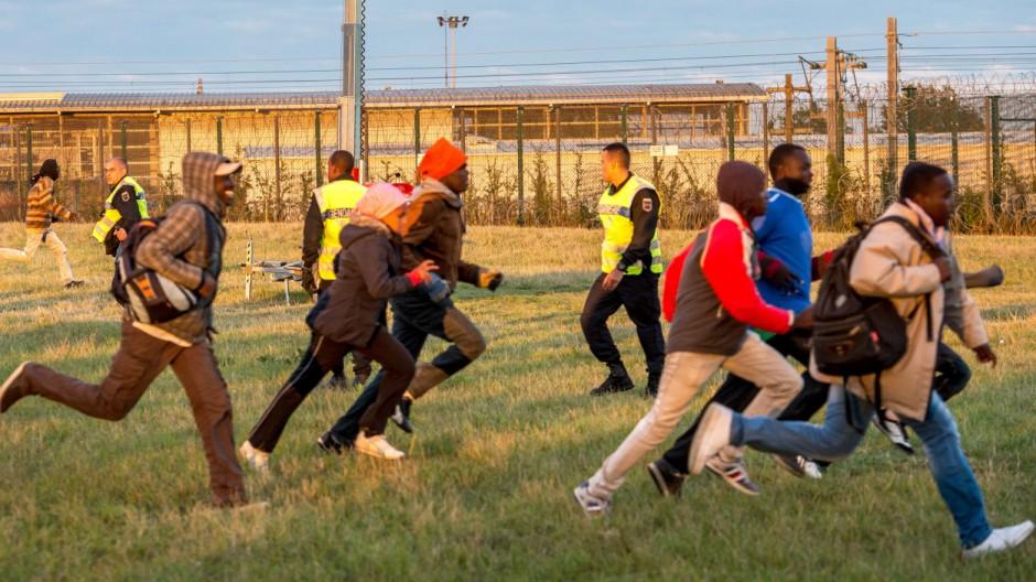 Flüchtlinge Flüchtlingskrise in Calais