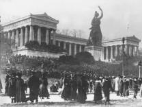 Friedenskundgebung auf der Theresienwiese in München, 1918