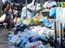 EU court fines Italy 20 million euros for Naples garbage crisis