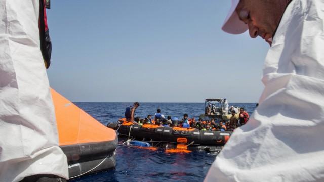 Flüchtlinge Flüchtlingsdrama im Mittelmeer