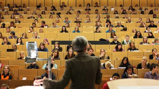 Ab 2016 geht es dem Uni-Nachwuchs besser