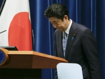 Japan premier Abe upholds past apologies for World War II actions