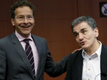Eurogroup President Dijsselbloem and Greek Finance Minister Tsakalotos attend a euro zone finance ministers meeting in Brussels