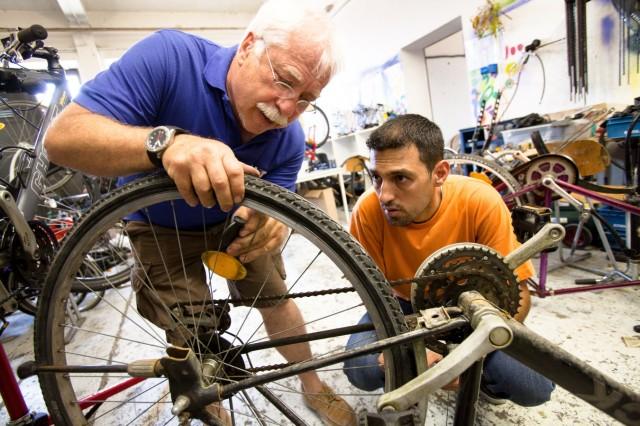 Radlwerkstatt für Flüchtlinge, Bayernkaserne
