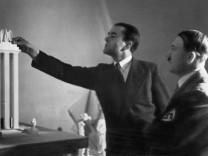 Albert Speer und Adolf Hitler, 1937
