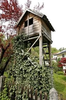 Nachbarrecht Garten Mit Kinderzimmer Geld Suddeutsche De