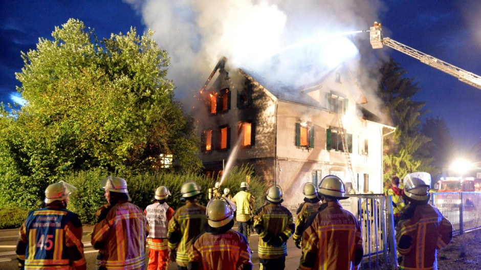 Brand in geplanter Asylunterkunft in Baden-Württemberg