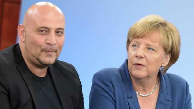 Kanzlerin Angela Merkel besucht Problemstadtteil Marxloh