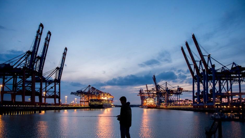 Abendstimmung im Hamburger Hafen