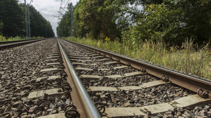 Press conference on 'Nazi train' found in Walbrzych