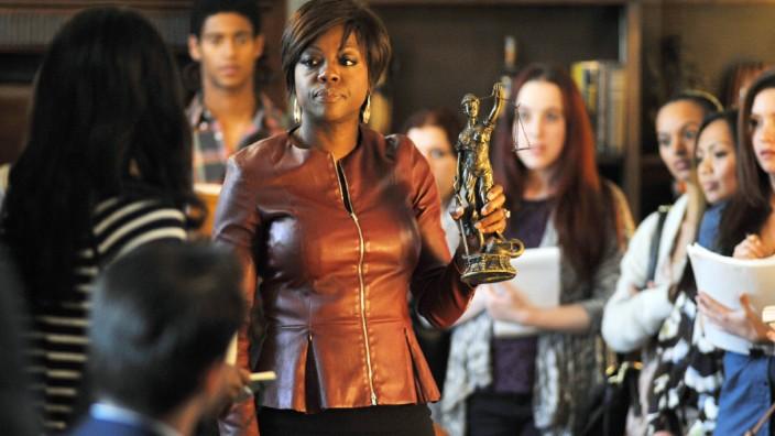 "Viola Davis in ""How to get Away with Murder"", Vox"