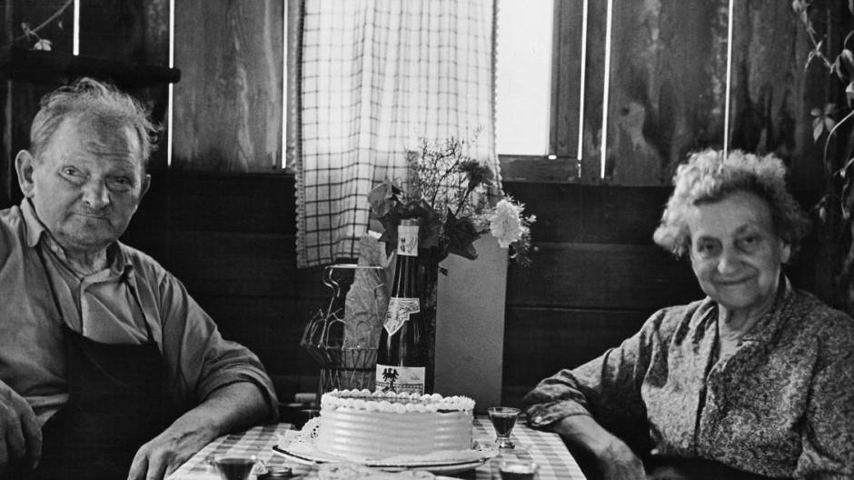 HerbergshâÄ°uschen in der Einsteinstrafle, 1962