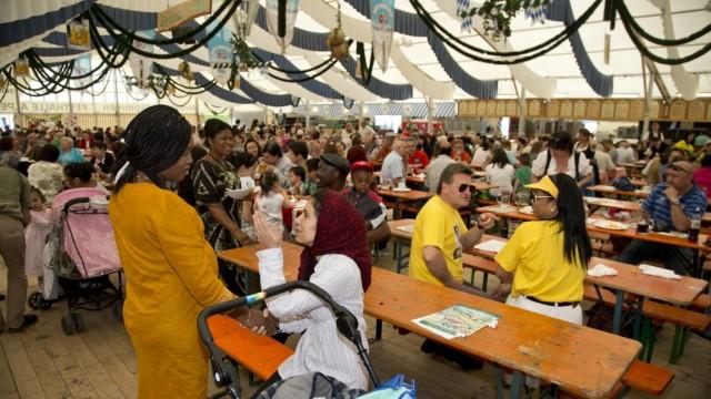Germering: WOCHENEND-Reportage / Volksfest