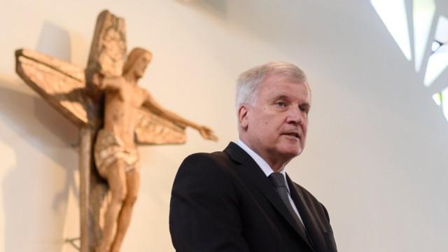 Trauerfeier für verstorbenen CSU Staatssekretär Sackmann