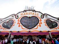 Marstall Festzelt auf dem Oktoberfest in München, 2014