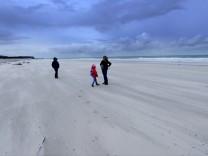 Ausflügler auf Helgoland