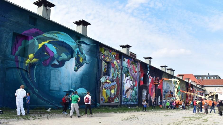 """Graffitikunst beim Urban Art Festival """"Deadline"""" in München, 2015"""