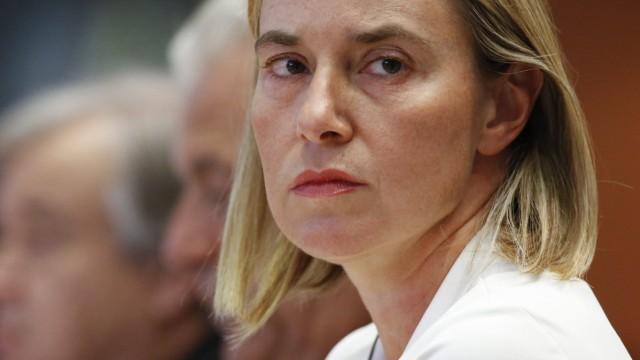 EU Parliament talks on refugees crisis