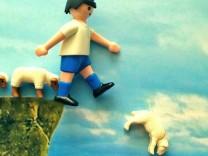 jetzt.de griechenland krise mit playmobil nachgestellt