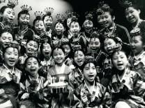 Nov 11 1979 The little angels at Sadler s wells The Little Angels Korea s unique singing and d