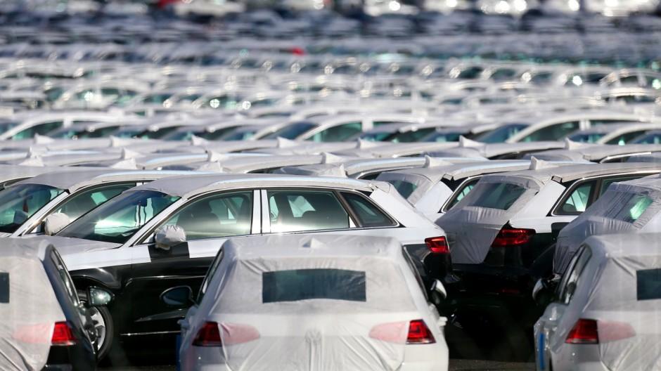 Volkswagen Kraftfahrt-Bundesamt will Aufklärung