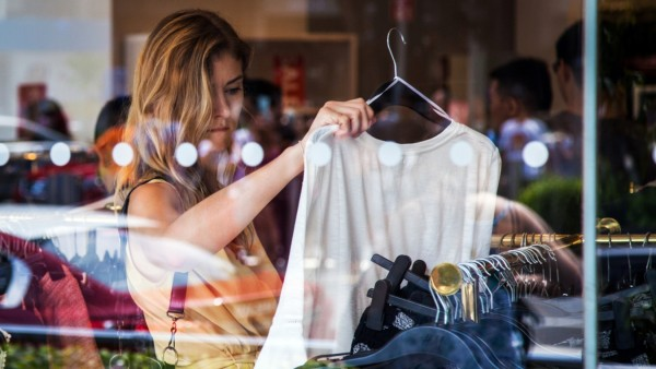 Shoppers on Orchard Road Ahead OF CPI Figures