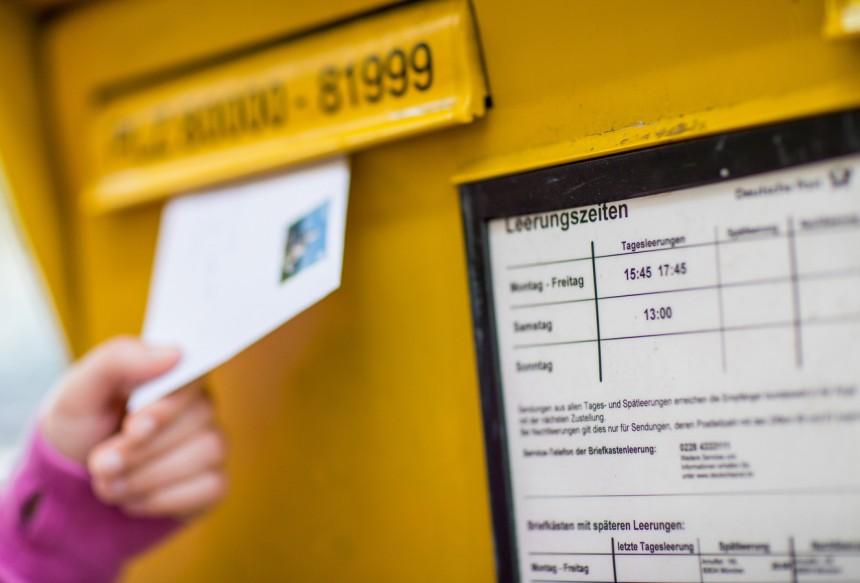 Deutsche Post Höheres Porto Stabiler Umsatz Wirtschaft