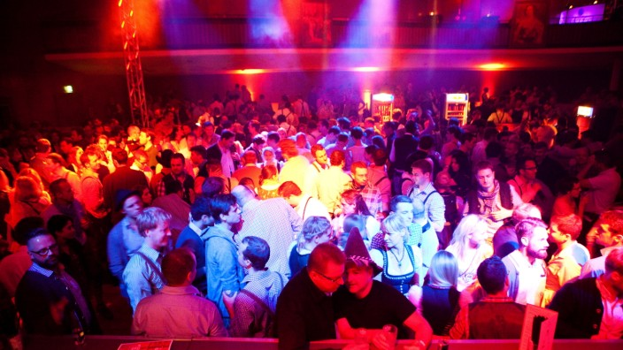 Wiesnclub, Theresienhöhe 15 (Alte Kongresshalle) After Wiesn Party