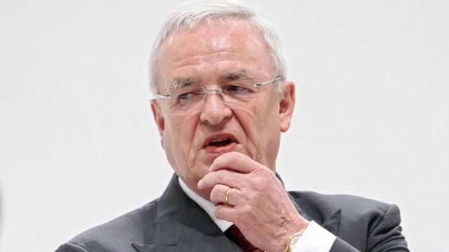 VW Chairman Winterkorn steps down