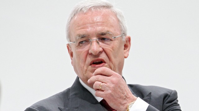 VW Chairman Winterkorn steps down