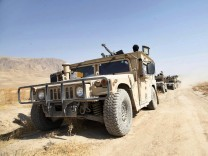 Afghan security forces continue attempts to regain Kunduz