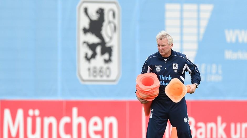 Training 1860 München mit Möhlmann