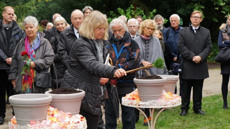 Ellis Kaut Beerdigung von Ellis Kaut
