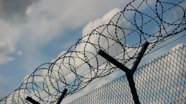 Söder schließt Zäune an deutschen Grenzen nicht aus