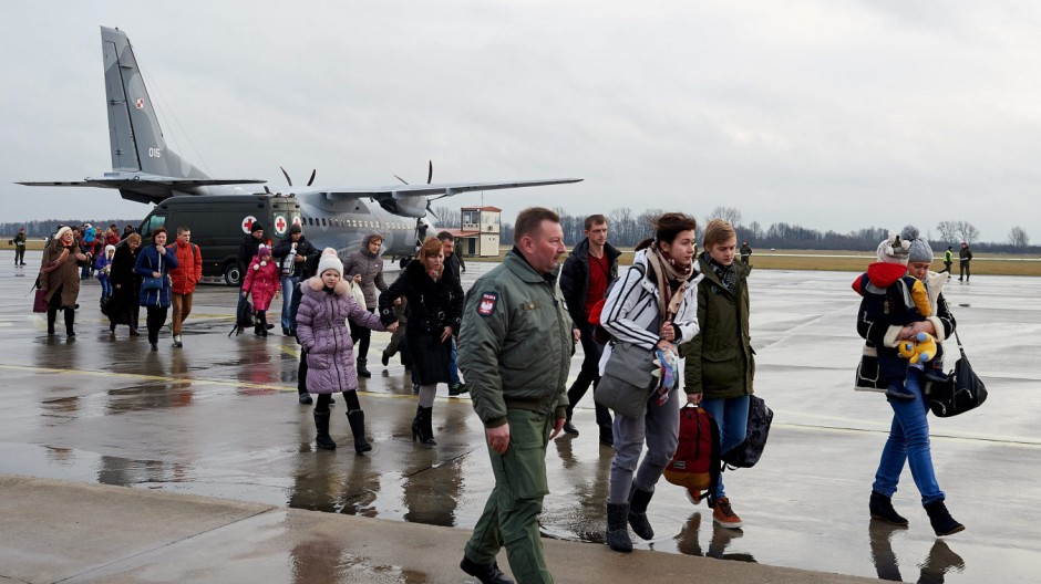 Polish-Ukrainians arrive to Poland