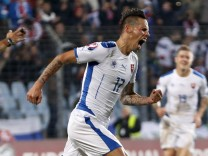 Slovakia's Hamsik celebrates after scoring against Luxembourg during their Euro 2016 qualification match in Luxembourg