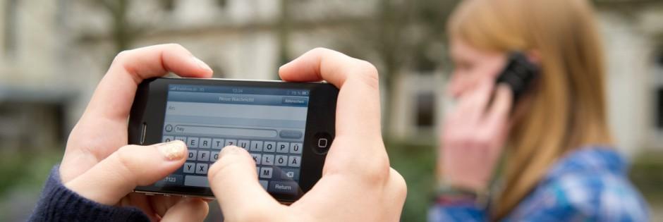 Schulen dürfen Handys nicht pauschal verbieten