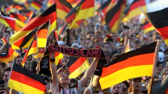 Jahresrückblick Sport - Fan-Fest in Hamburg während der WM 2006