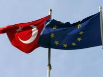 Bundeskanzlerin Merkel besucht Türkei