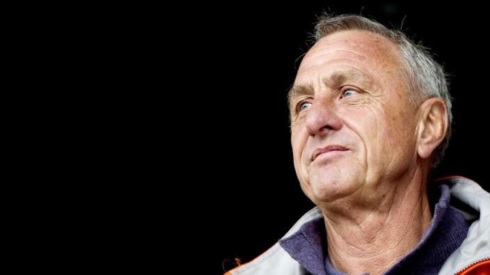 Dutch football legend Cruyff has health problems