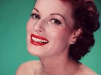 FILE: Actress Maureen O'Hara Dies At 95