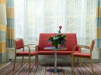 München: Begleitetes STERBEN / Arzt Dr. Stefan Kahapka / Palliativ-Arzt
