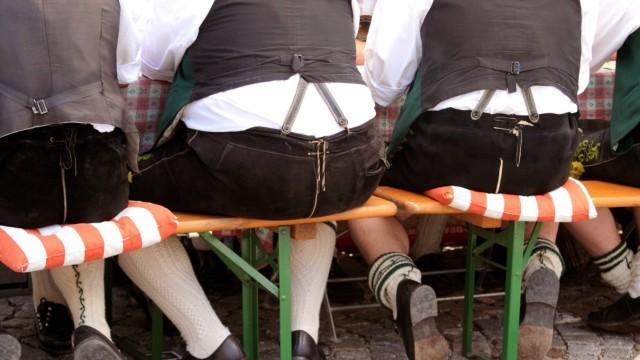 Biergarten Dicke Menschen Sind Lustiger Munchen Suddeutsche De