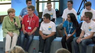 Merkel im Dialog mit Jugendlichen
