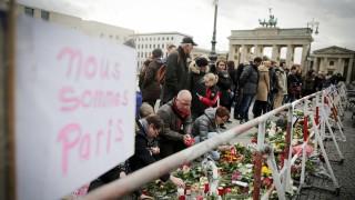 Nach Attentaten in Paris - Trauer