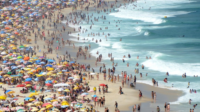 Touristen am Strand